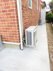 温水器傾き修正