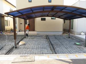 土間コンクリート 打設作業