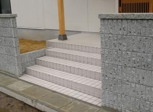玄関 アプローチ階段