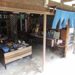 安来散策 伝統にとらわれない、楽しさひろがる 藍染め工房「天野紺屋(こうや)」