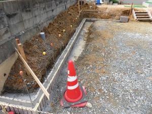 土留めブロック施工
