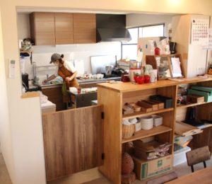1階のオープンキッチン